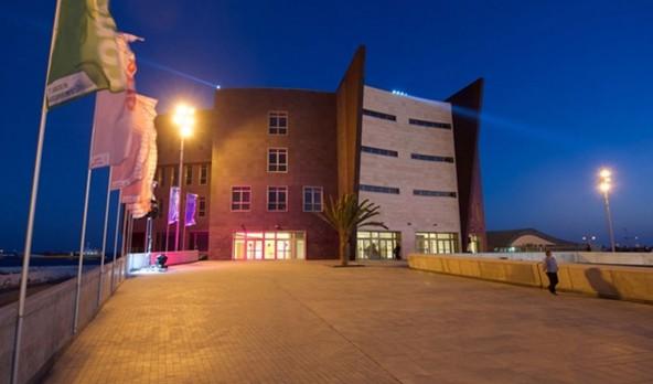 08/01/2015: Inauguración del Palacio de Congresos de Fuerteventura donde Chemtrol ejecuta el equipamiento escénico.